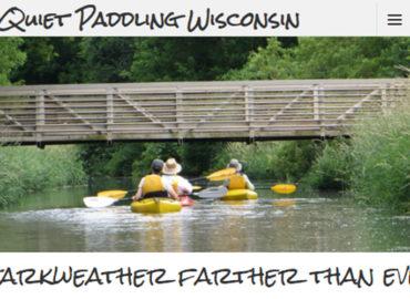 Screenshot of paddling website - 2 kayakers